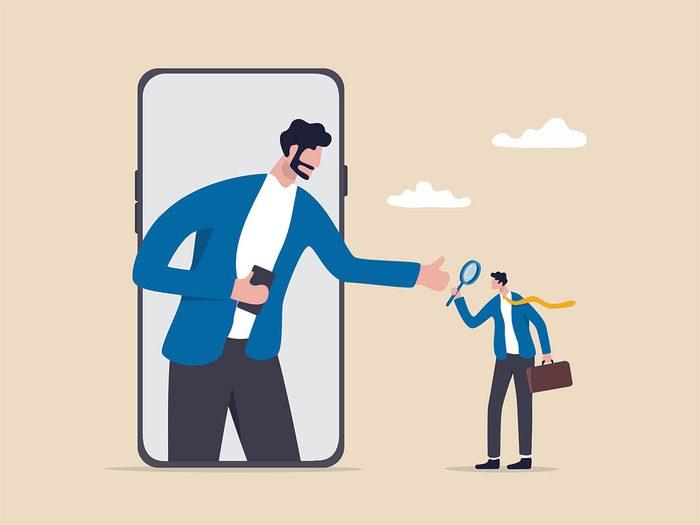 Les gens qui souffrent de ce syndrome de l'imposteur tombent souvent dans le piège de comparer leurs faiblesses aux forces des autres.