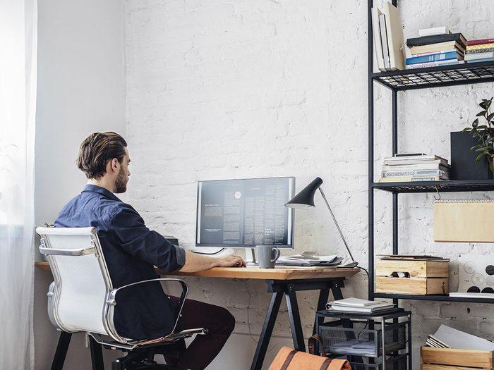 Télétravail: quel est le bureau idéal à la maison?