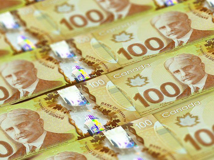 Voici 10 choses à s'offrir pour 1 milliard de dollars!