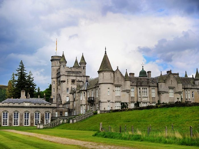 Vous pouvez acheter le château de Balmoral avec 1 milliard de dollars.