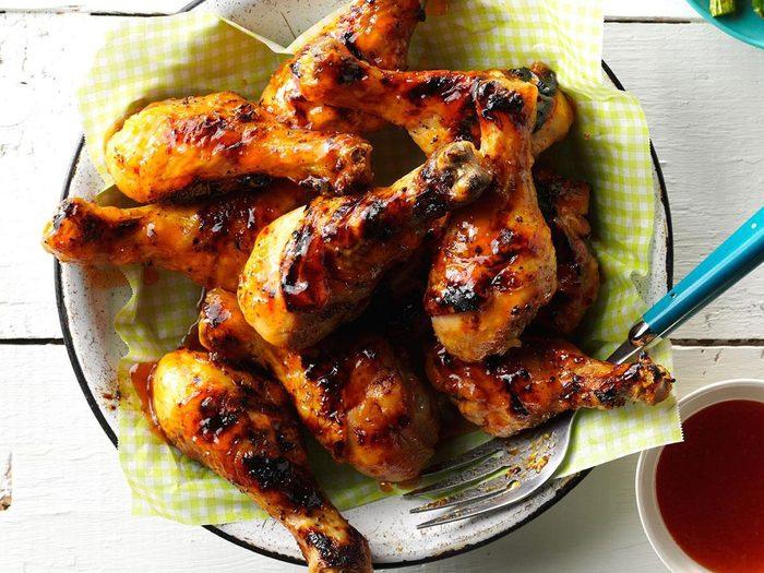 Recette de pilons de poulet jalapeño et lime au barbecue.
