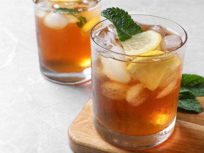 Le thé glacé (thé sucré) est l'une des pires boissons pour s'hydrater.