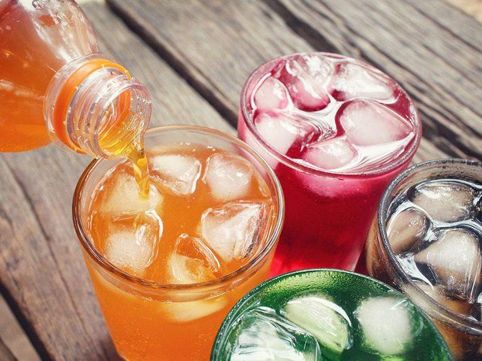 Les boissons gazeuses font partie des pires boissons pour s'hydrater.
