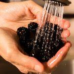 Comment laver les petits fruits sans les abîmer