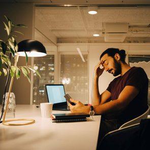 Les signes que vous souffrez de productivité toxique.