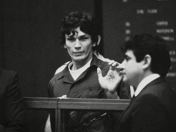 Richard Ramirez fait partie des psychopathes les plus célèbres de l'histoire.