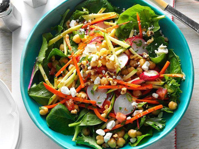 Recette de salade de pois chiche avec courgettes.