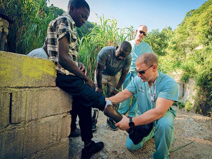 Le docteur Furey et sa femme ont passé une semaine à Haïti après le séisme.