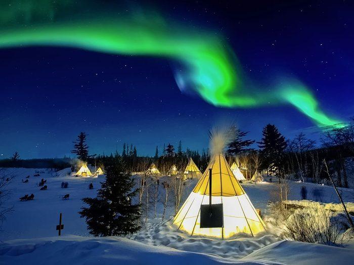 Aurora Village fait partie des trésors cachés à découvrir au Canada.