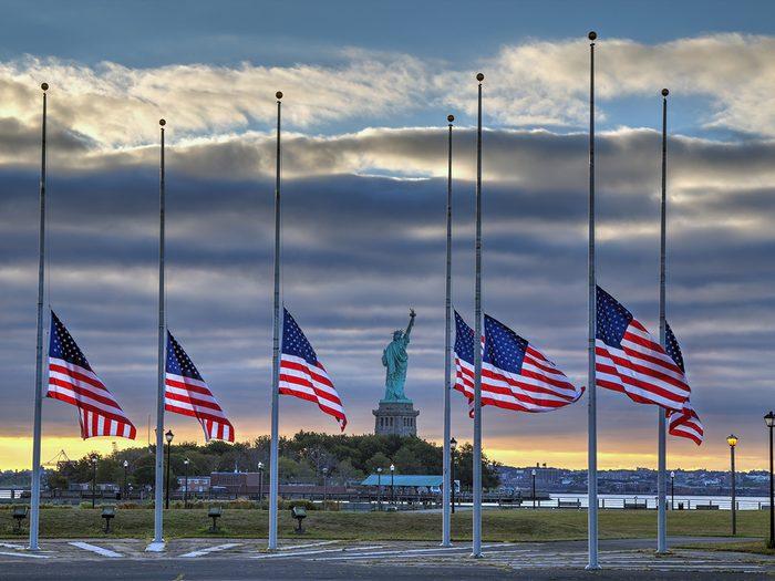 New York, 11 septembre, vue de la statue de la Liberte.