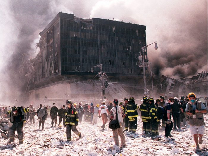 Les attentats du World Trade Center à New York le 11 septembre 2001.