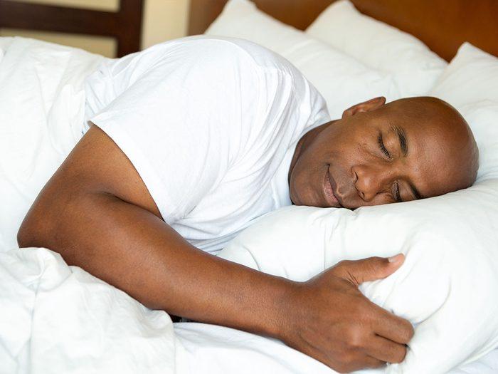 Ne pas sous-estimer le rôle du sommeil pour augmenter son métabolisme.