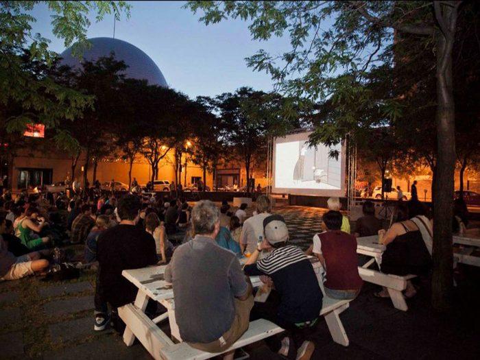 Le Cinéma Urbain est l'un des festivals et évènements à ne pas manquer cet été au Québec!