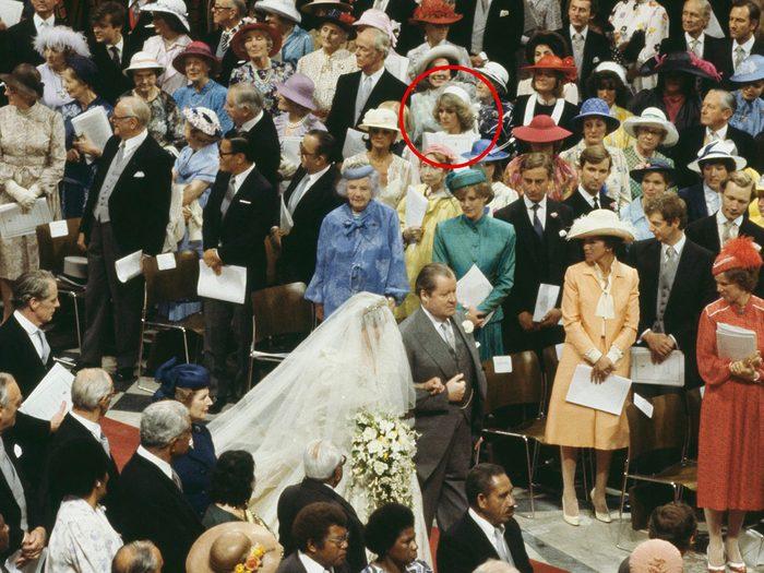 Camilla Parker Bowles était une invitée au mariage de la princesse Diana et du prince Charles.