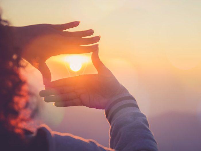 Contempler le lever du soleil permet de réguler son métabolisme.