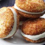 Mini sandwichs de biscuits snickerdoodle à la crème glacée