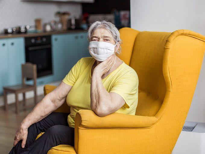 La pandémie à travers les yeux – et l'appareil-photo – des aînés.