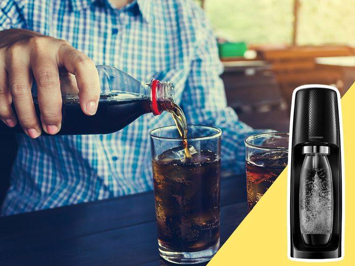 Acheter des boissons embouteillées fait partie des mauvaises habitudes alimentaires qui coûtent cher.