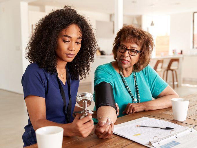 Symptômes d'hypertension ou de ménopause?