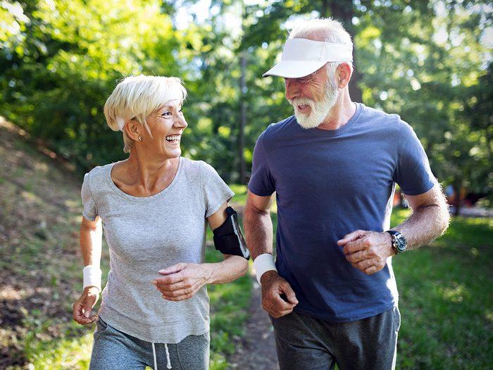 Les effets nocifs sur le cœur et les poumons font partie des dangers de la pollution atmosphérique sur notre santé.