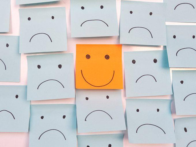 «Positivité toxique»: l'importance de vivre ses émotions négatives.