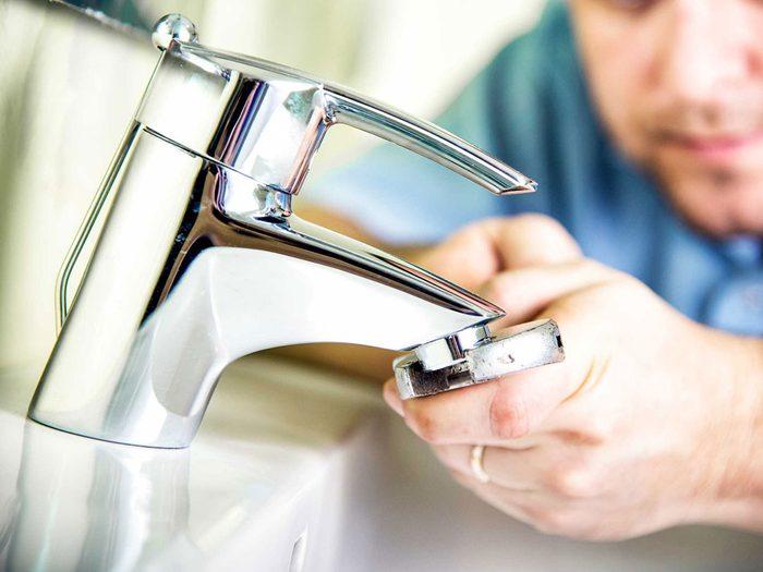 Entretien de la maison: vérifiez vos tuyaux d'évacuation des eaux usées.