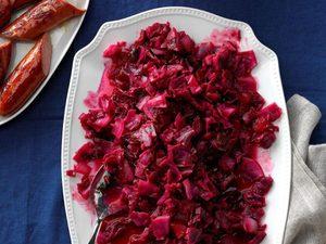 Chou rouge aux canneberges et pommes