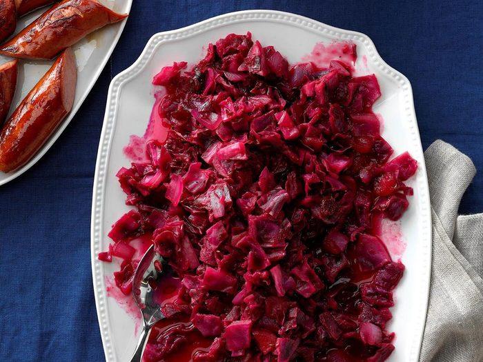 Recette de chou rouge aux canneberges et pommes.