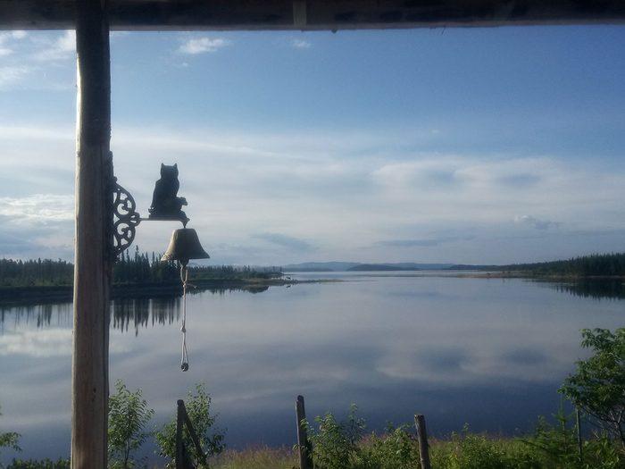 Souvenirs d'été avec vue sur le lac.