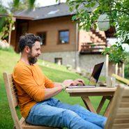 Mieux vaut avoir un bureau de travail en plein air.