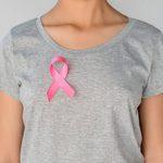 Cancer du sein: 9 symptômes (autres que les bosses) qu'il faut connaître