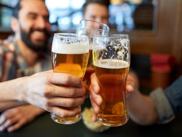 Prenez une bière pour la santé de votre cœur.