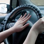 Comportement au volant: 11 règles de civilité routière oubliées depuis l'auto-école