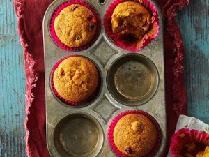 Muffins à la citrouille et aux canneberges